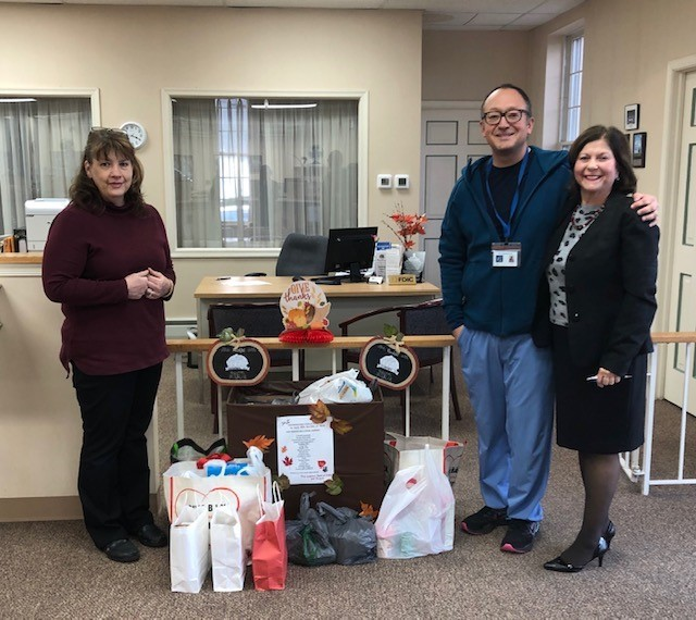 Elk Office supports the Aura School Food Drive
