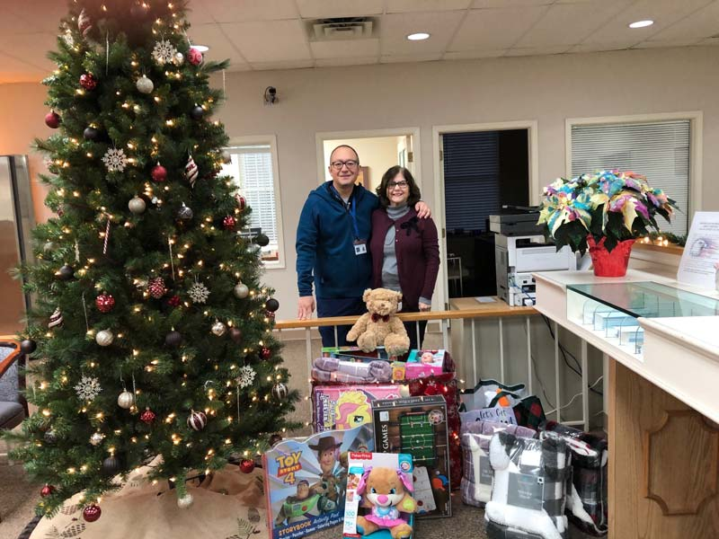Elk-Office-supports-the-Aura-School-Toy-Drive